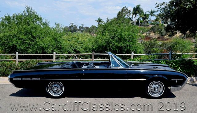 1962 Ford Thunderbird  - Click to see full-size photo viewer