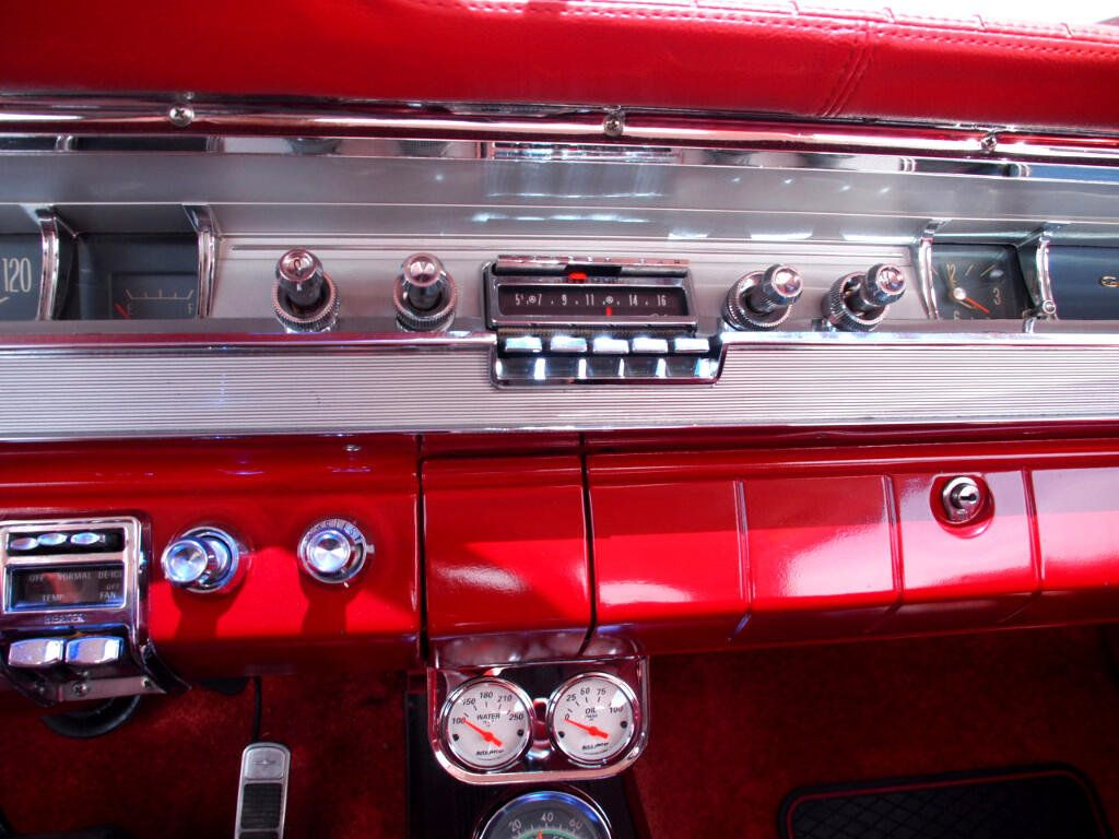 1962 Pontiac Grand Prix  - 16438766 - 26