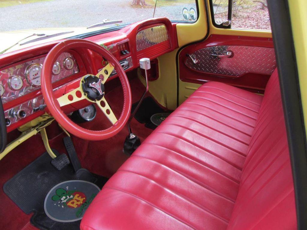 1963 Chevrolet C10 SWB Fleetside Low Rider Custom For Sale - 18398462 - 8