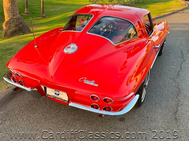 1963 Chevrolet CORVETTE  SPLIT WINDOW  - Click to see full-size photo viewer