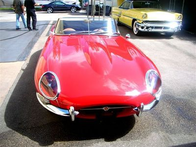 1963 Jaguar XKE Roadster - Click to see full-size photo viewer