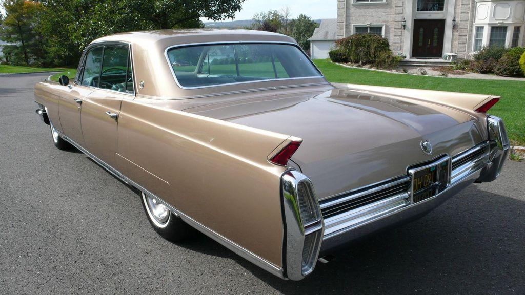 1964 Cadillac FLEETWOOD 4 DR   9516734   58