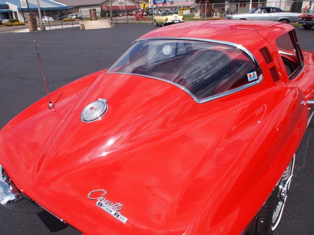 1964 Chevrolet Corvette Stingray - 17681969 - 18