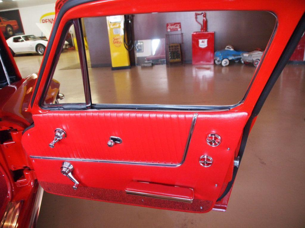 1964 Chevrolet Corvette Stingray - 17681969 - 45