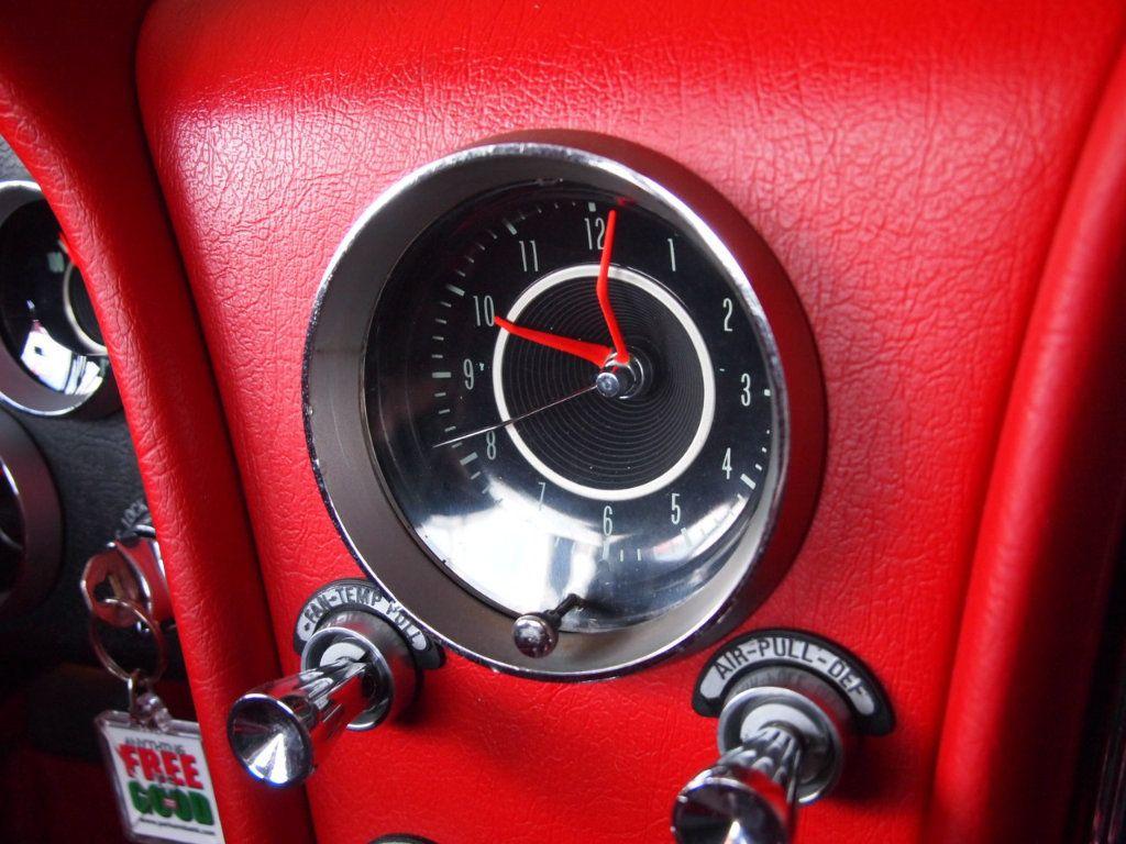 1964 Chevrolet Corvette Stingray - 17681969 - 55