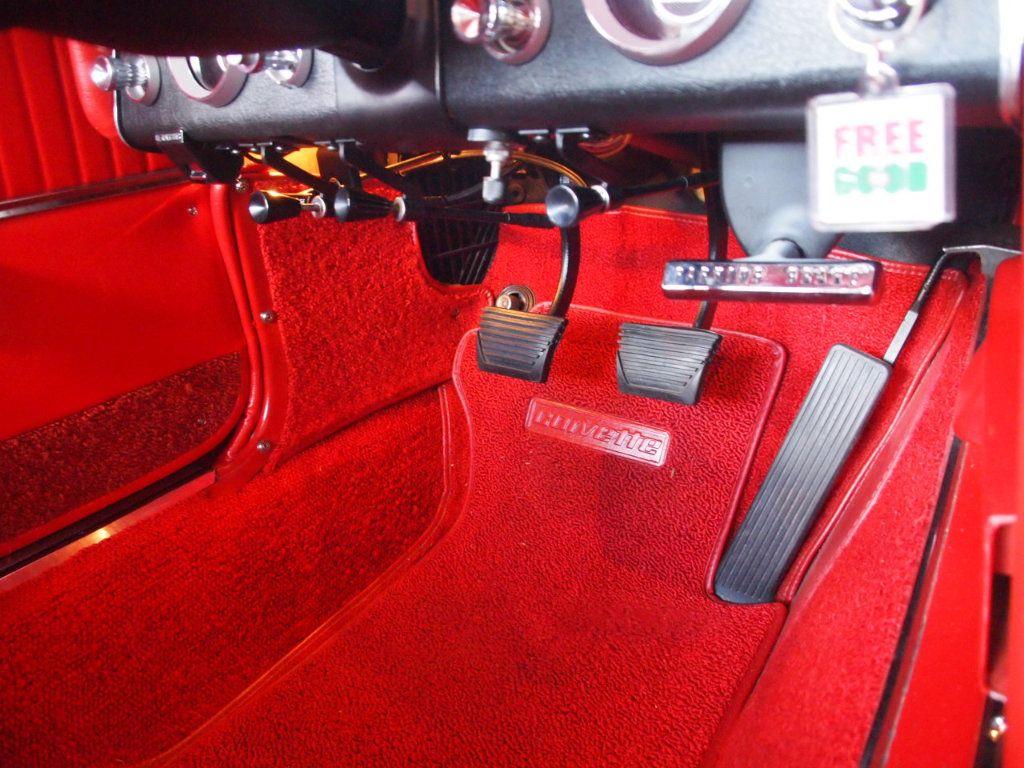 1964 Chevrolet Corvette Stingray - 17681969 - 59