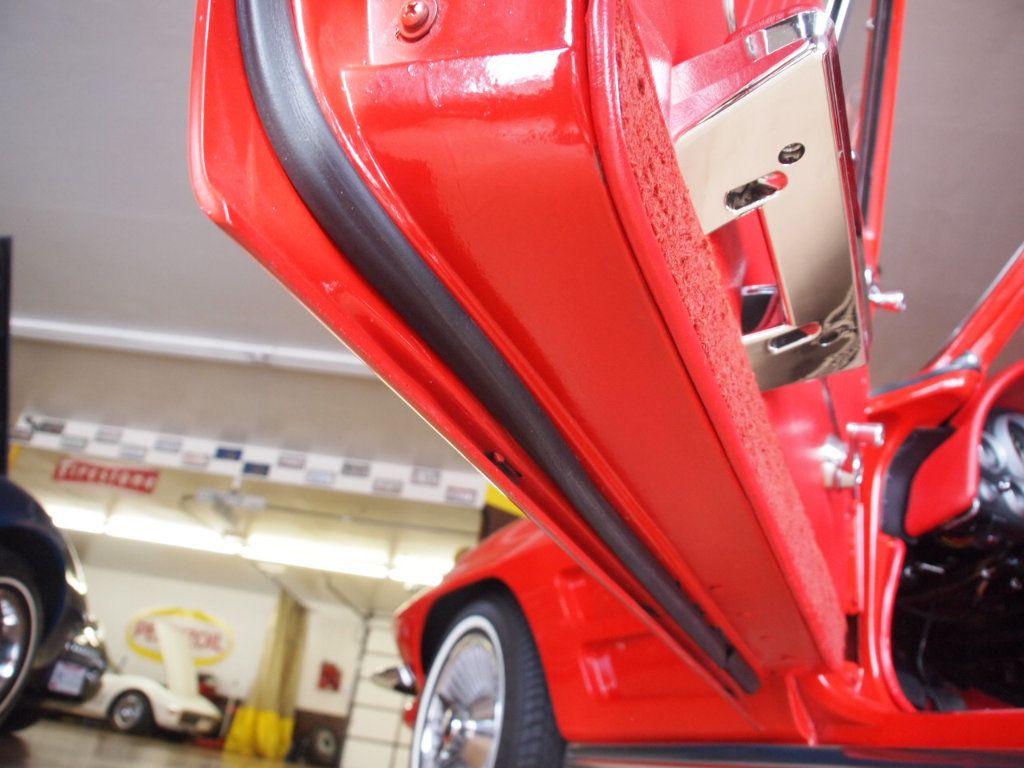 1964 Chevrolet Corvette Stingray - 17681969 - 63