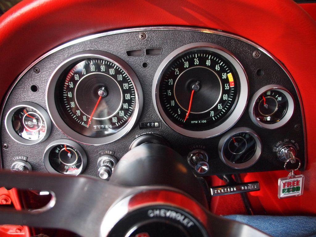 1964 Chevrolet Corvette Stingray - 17681969 - 70