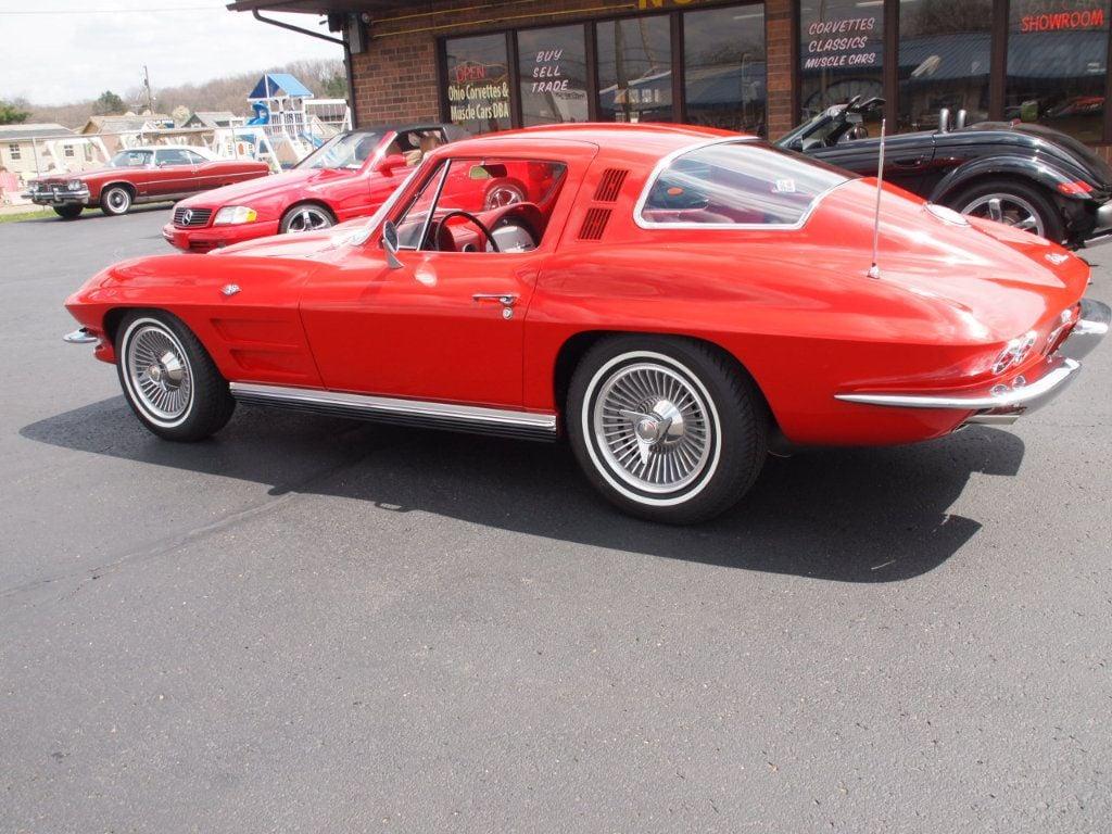 1964 Chevrolet Corvette Stingray - 17681969 - 76
