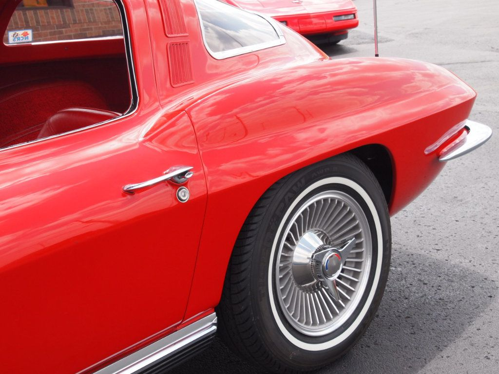 1964 Chevrolet Corvette Stingray - 17681969 - 82
