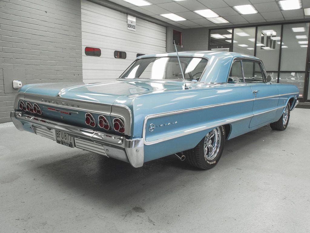 1964 Chevrolet Impala 2dr Sport Coupe - 18513773 - 3