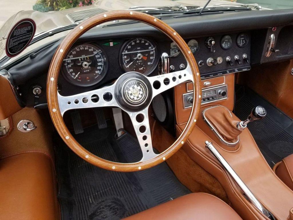 1964 Jaguar XKE  - 17687740 - 16