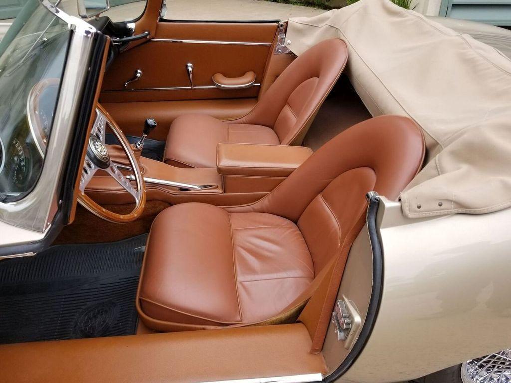 1964 Jaguar XKE  - 17687740 - 23