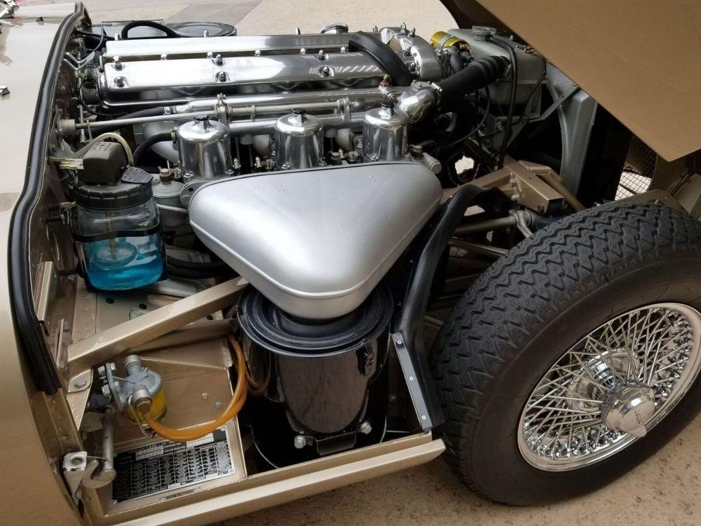 1964 Jaguar XKE  - 17687740 - 39