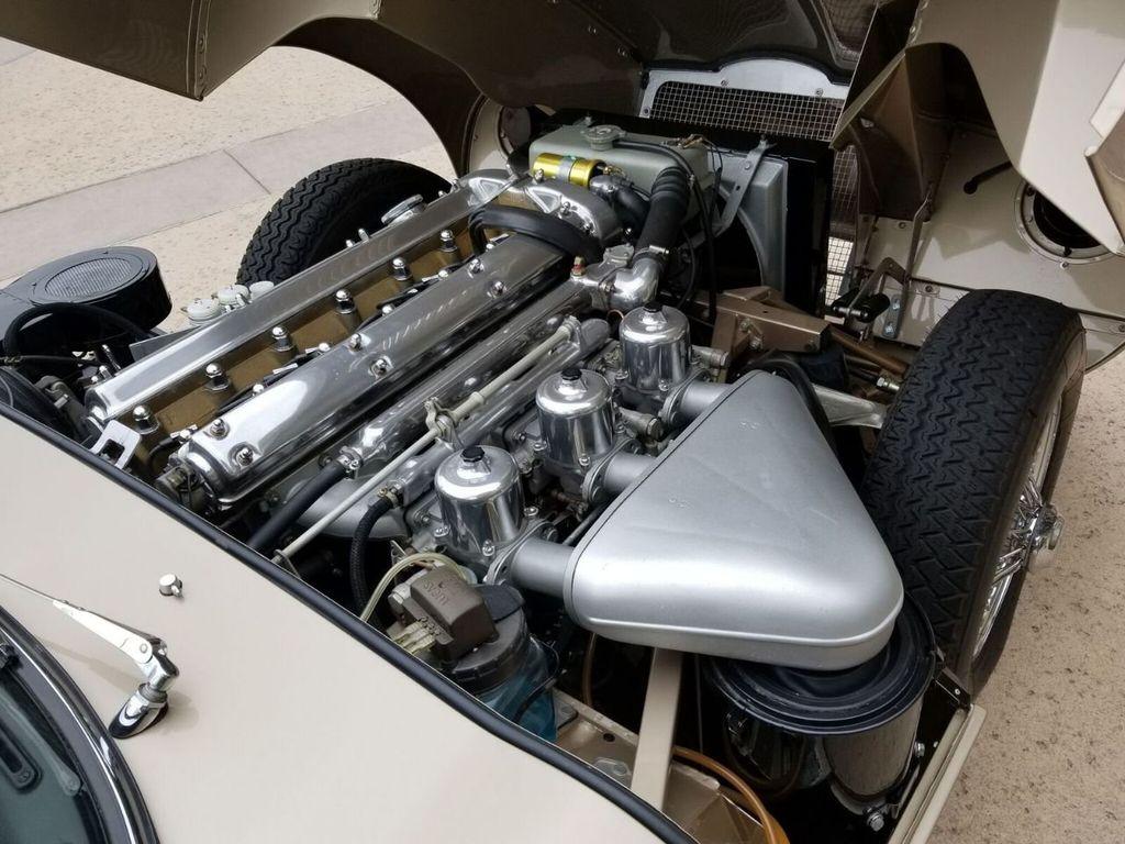 1964 Jaguar XKE  - 17687740 - 44