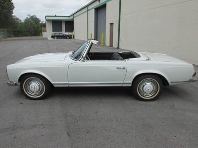 1964 Mercedes-Benz 230 SL  - Click to see full-size photo viewer