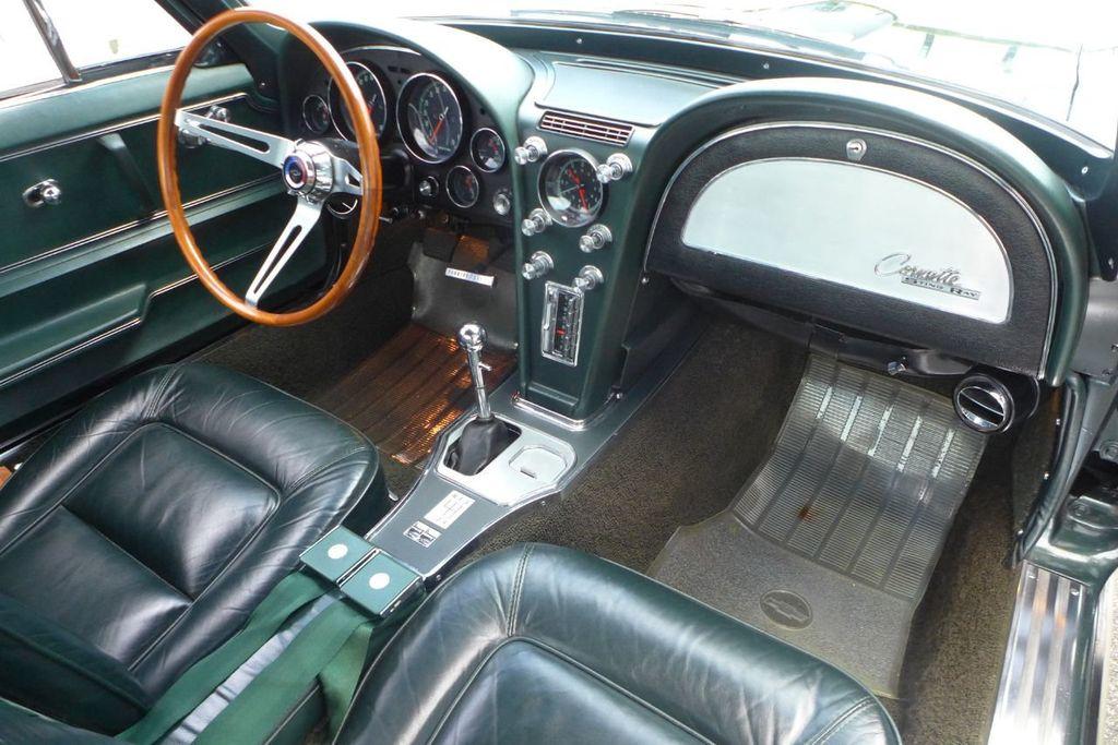1965 Chevrolet Corvette  - 18227596 - 12