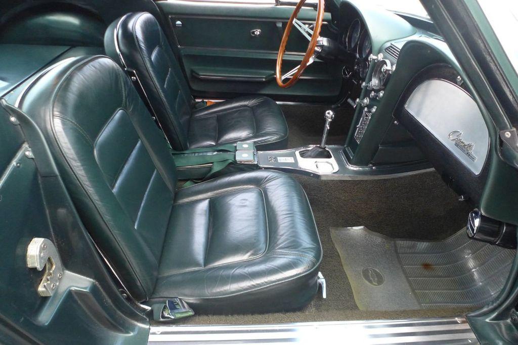 1965 Chevrolet Corvette  - 18227596 - 13