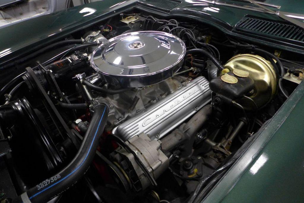 1965 Chevrolet Corvette  - 18227596 - 18