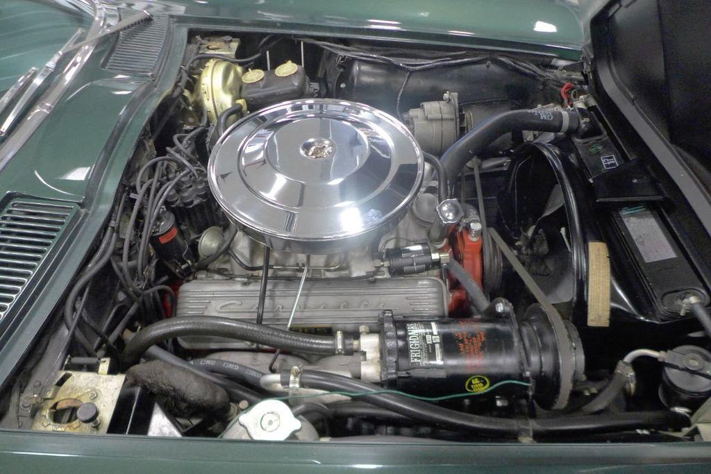 1965 Chevrolet Corvette  - 18227596 - 21