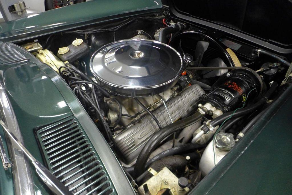 1965 Chevrolet Corvette  - 18227596 - 23
