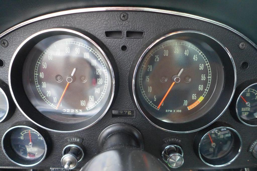 1965 Chevrolet Corvette  - 18227596 - 25