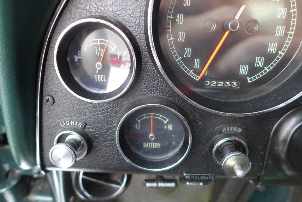 1965 Chevrolet Corvette  - 18227596 - 28