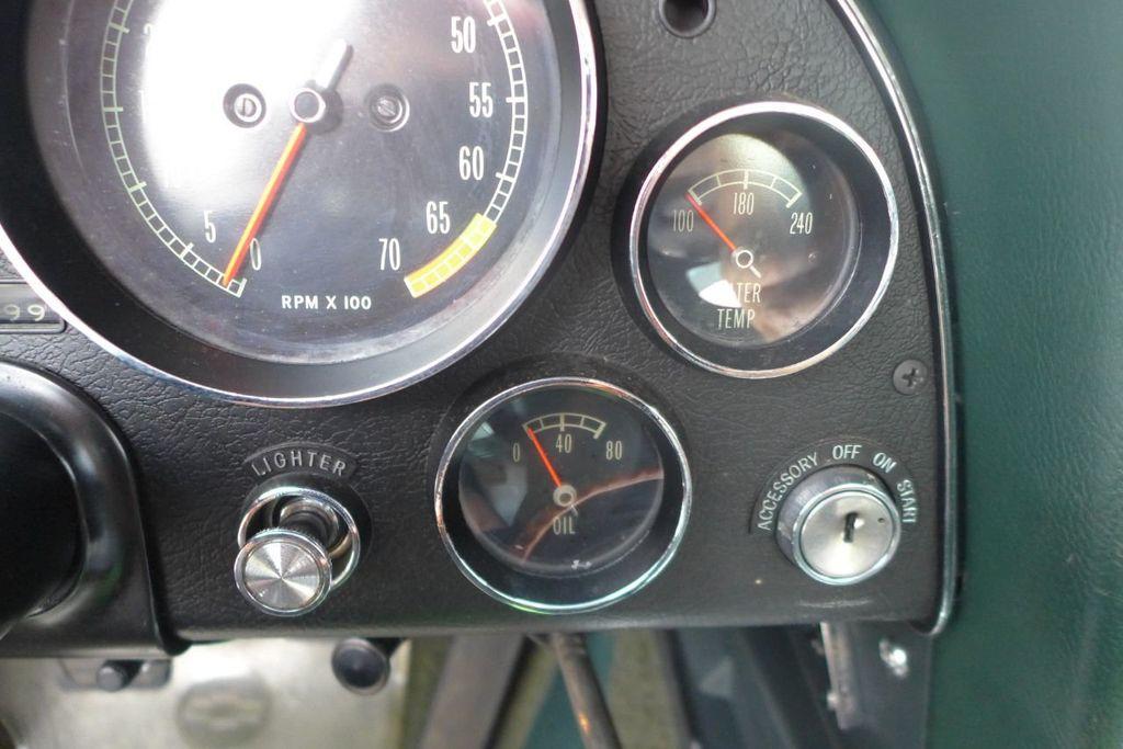 1965 Chevrolet Corvette  - 18227596 - 29
