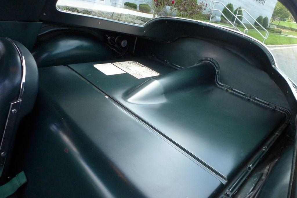 1965 Chevrolet Corvette  - 18227596 - 38