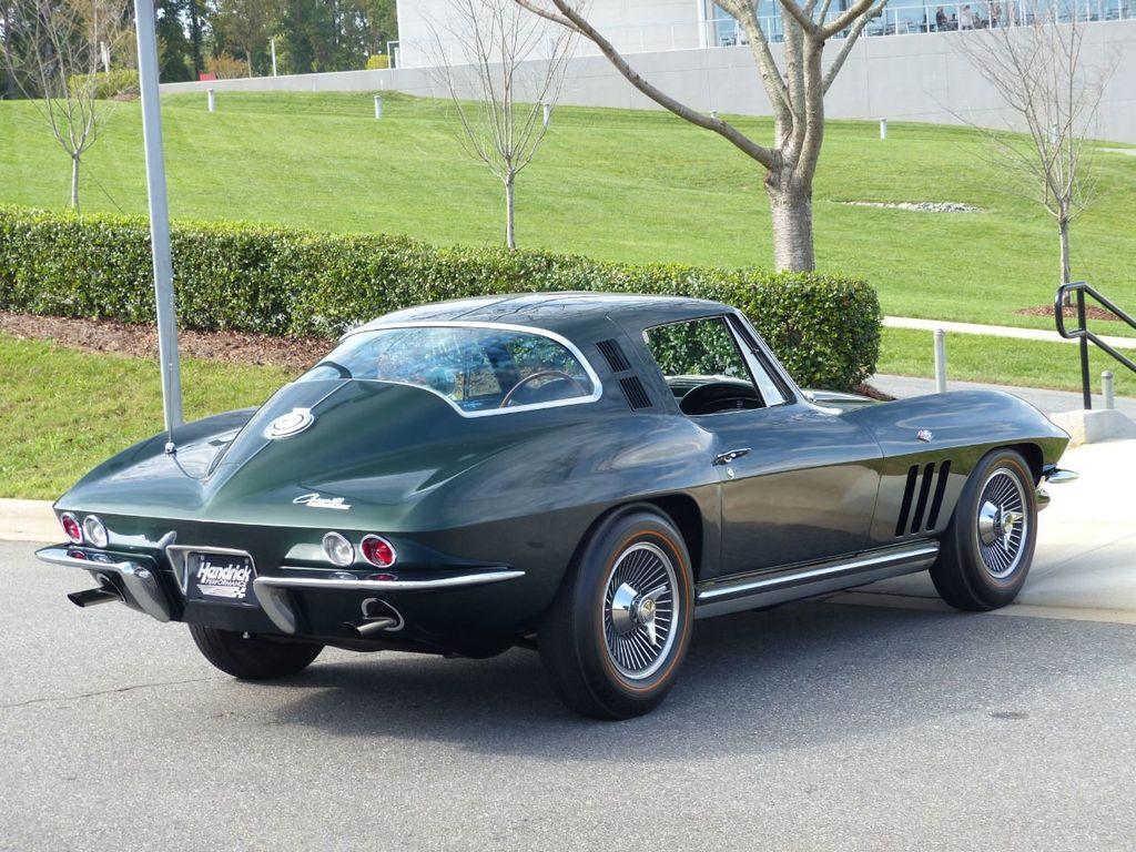 1965 Chevrolet Corvette  - 18227596 - 3