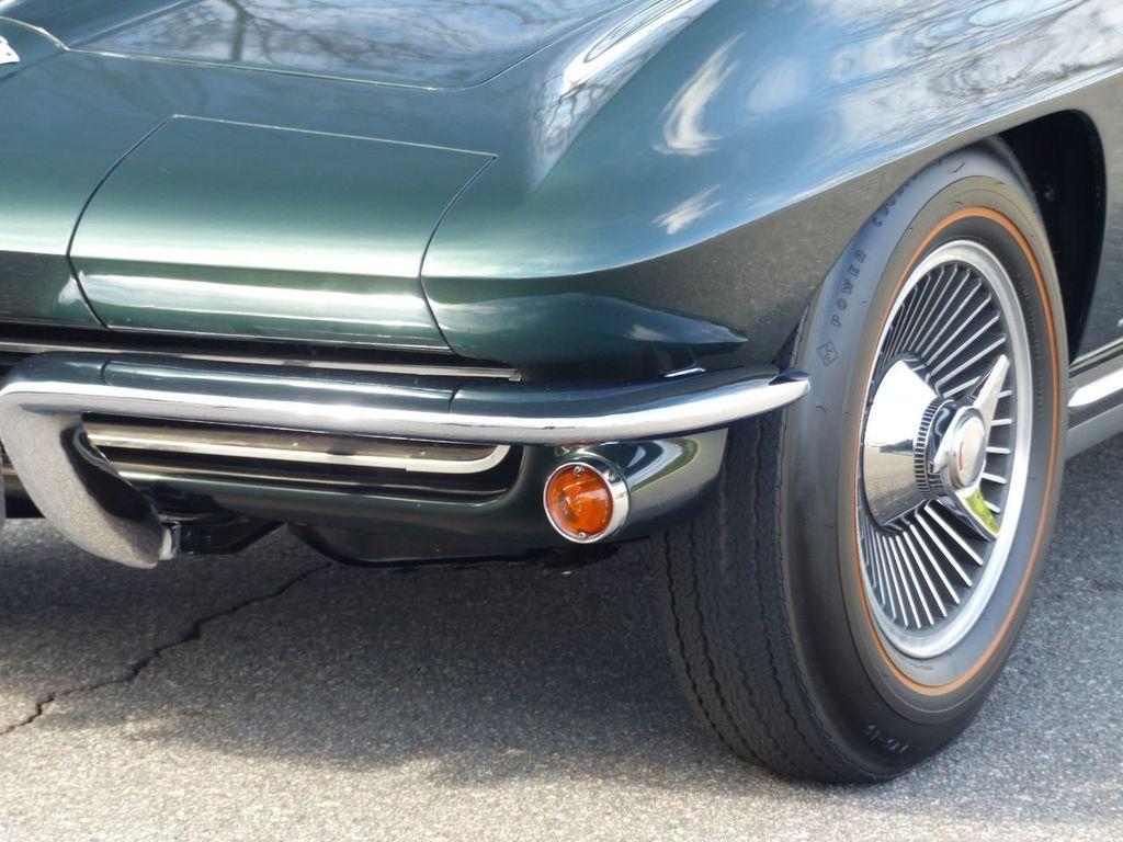 1965 Chevrolet Corvette  - 18227596 - 42