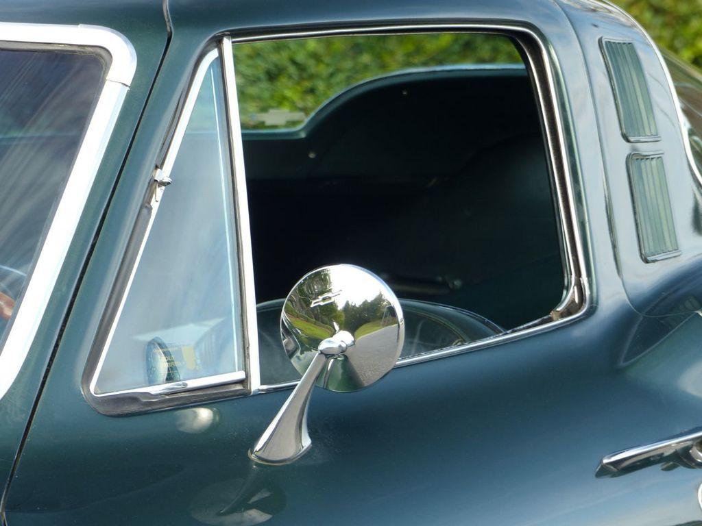 1965 Chevrolet Corvette  - 18227596 - 45