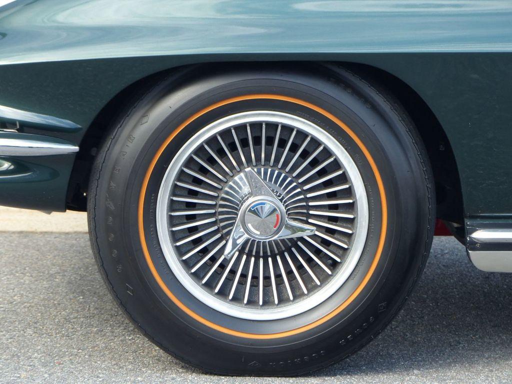1965 Chevrolet Corvette  - 18227596 - 56