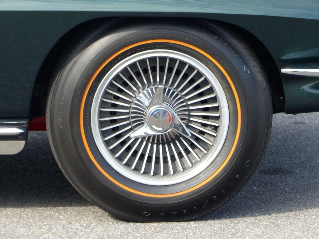 1965 Chevrolet Corvette  - 18227596 - 59