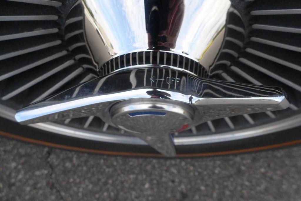 1965 Chevrolet Corvette  - 18227596 - 62