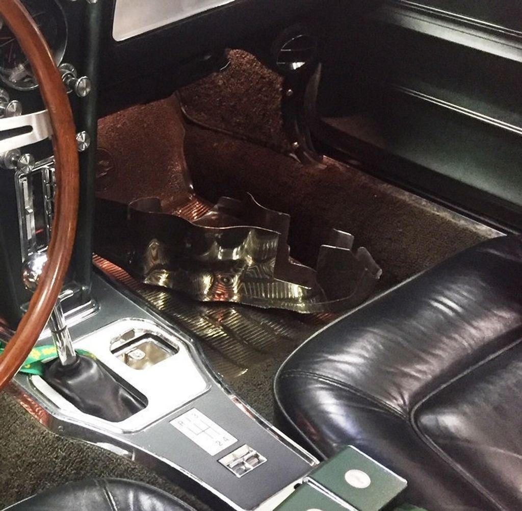 1965 Chevrolet Corvette  - 18227596 - 88