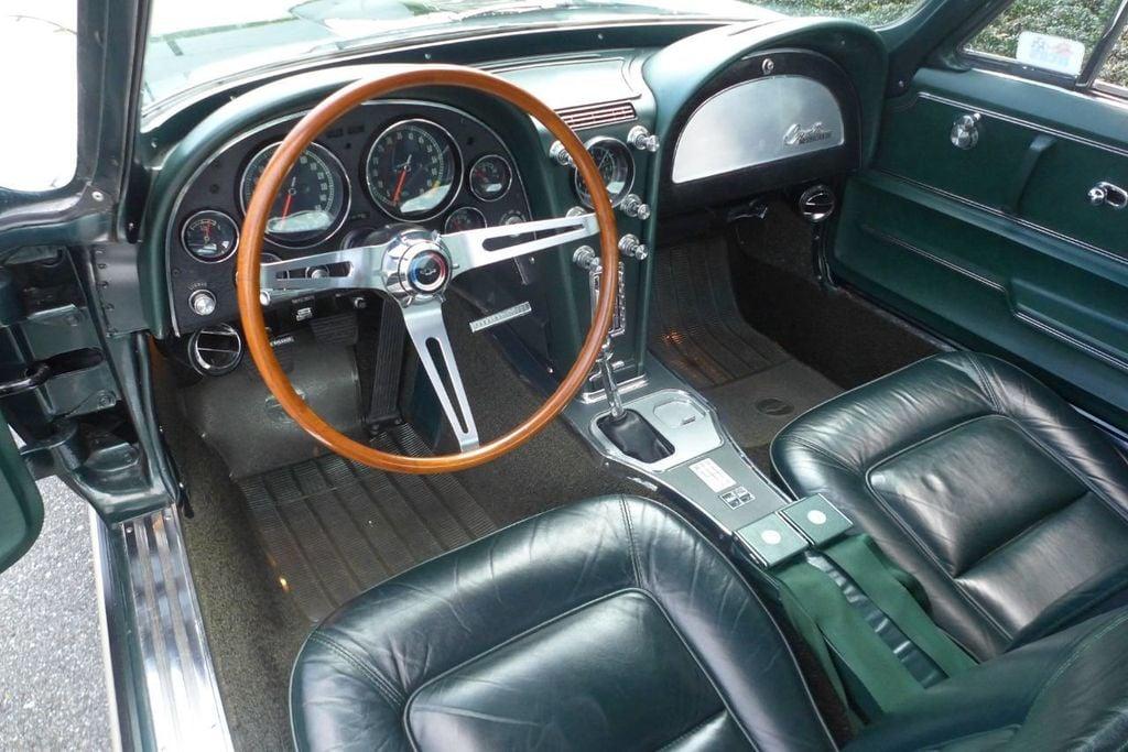 1965 Chevrolet Corvette  - 18227596 - 8