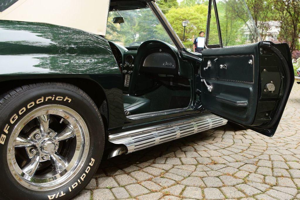 1965 Chevrolet Corvette 396/425 - 15669365 - 19