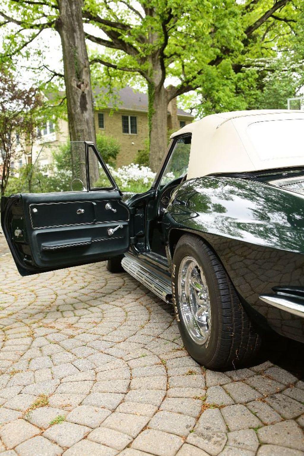 1965 Chevrolet Corvette 396/425 - 15669365 - 20
