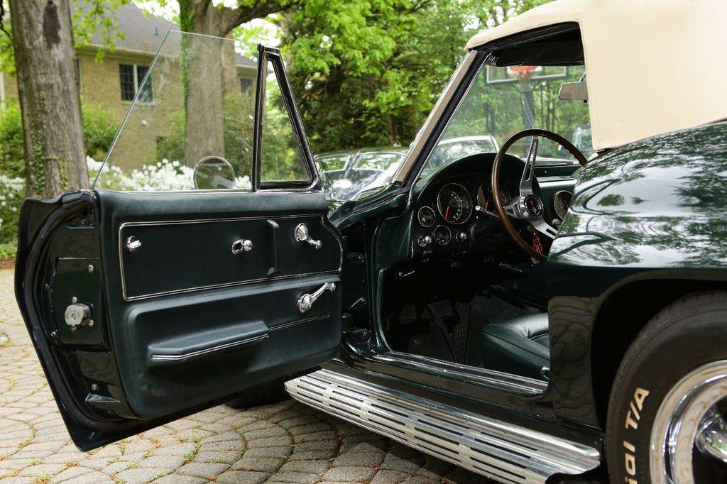 1965 Chevrolet Corvette 396/425 - 15669365 - 21