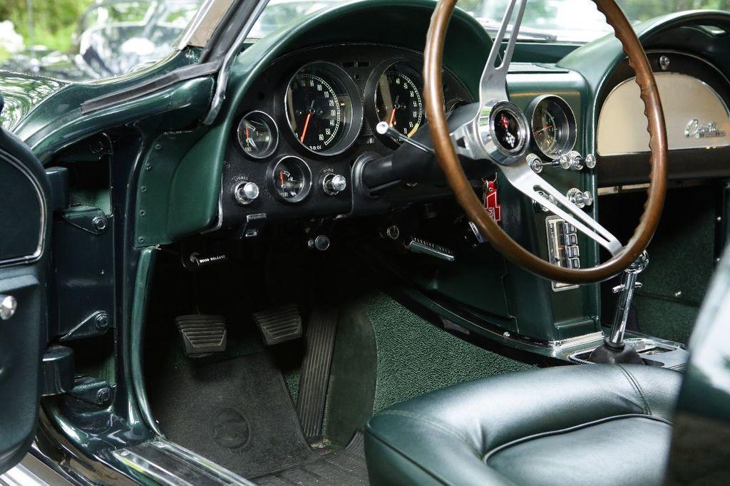 1965 Chevrolet Corvette 396/425 - 15669365 - 27