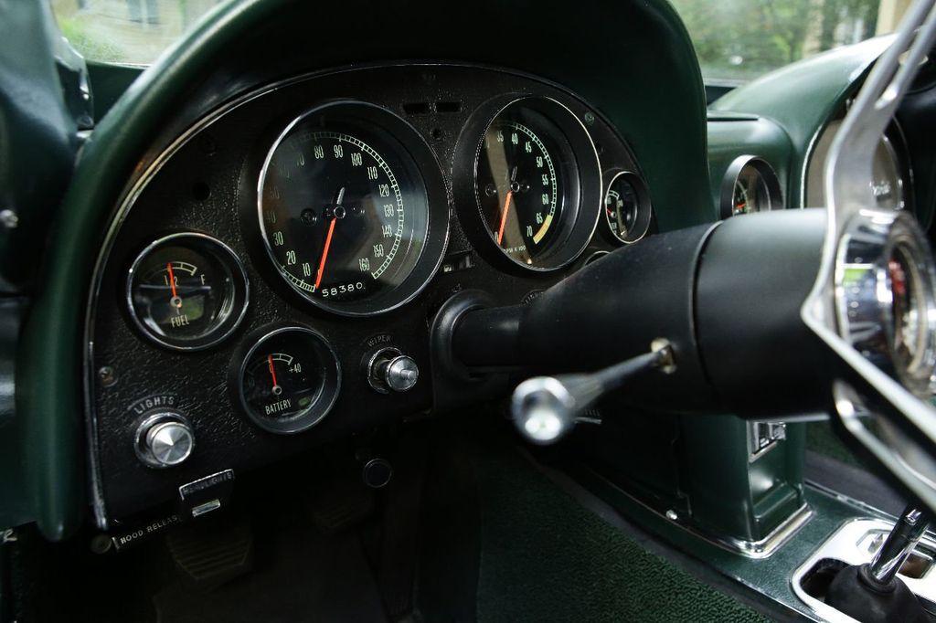 1965 Chevrolet Corvette 396/425 - 15669365 - 29