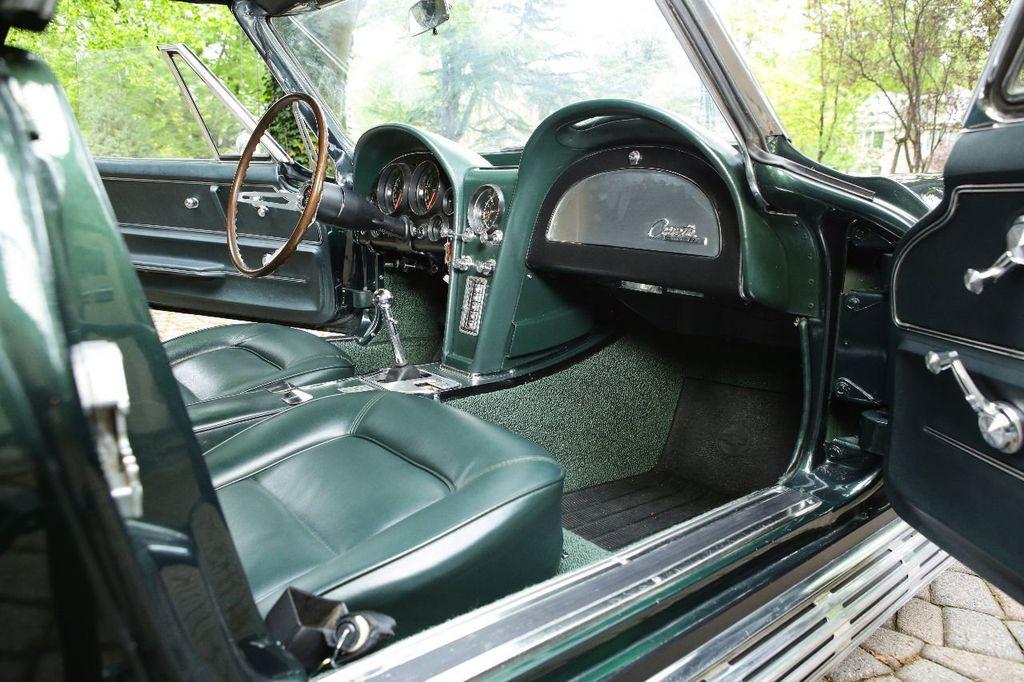 1965 Chevrolet Corvette 396/425 - 15669365 - 37