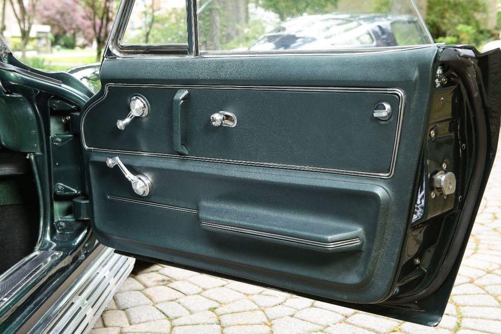 1965 Chevrolet Corvette 396/425 - 15669365 - 39