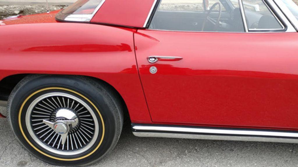 1965 Chevrolet Corvette Convertible - 16964598 - 11