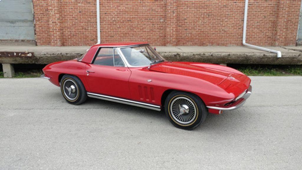 1965 Chevrolet Corvette Convertible - 16964598 - 18