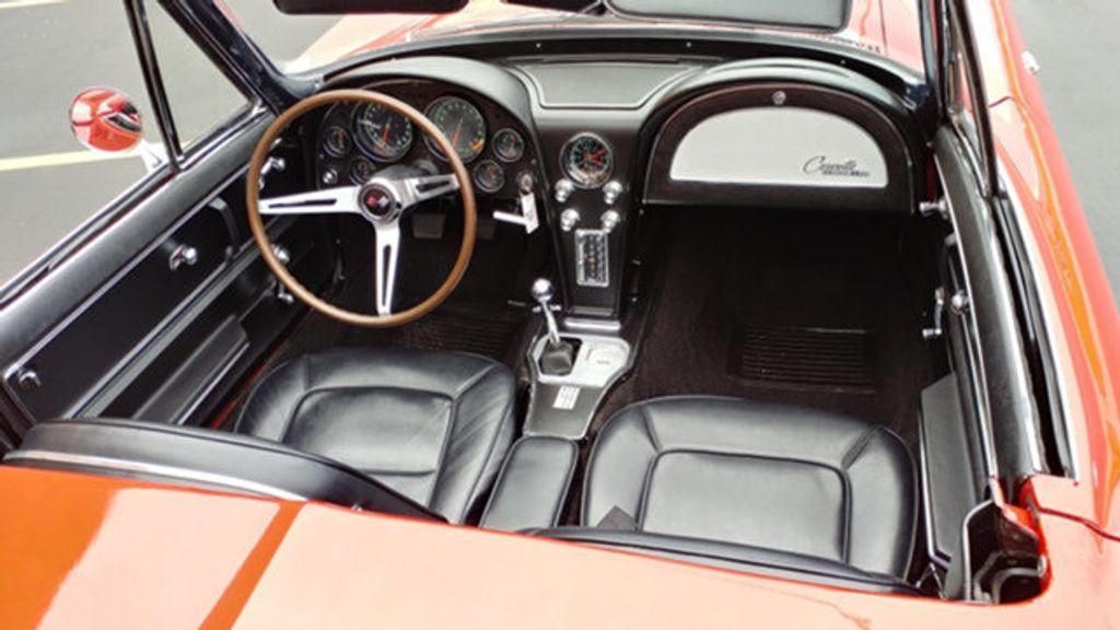 1965 Chevrolet Corvette Convertible - 16964598 - 28
