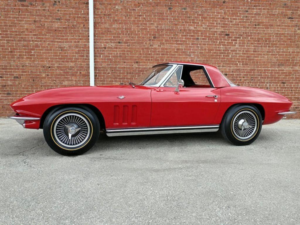 1965 Chevrolet Corvette Convertible - 16964598 - 39
