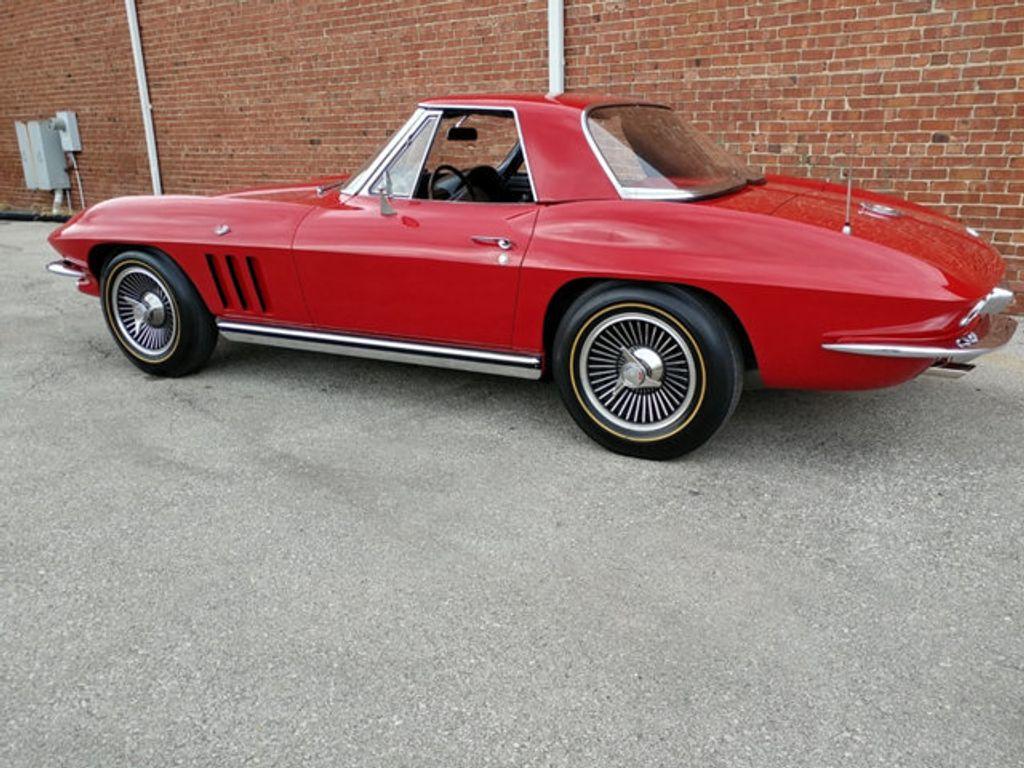1965 Chevrolet Corvette Convertible - 16964598 - 45