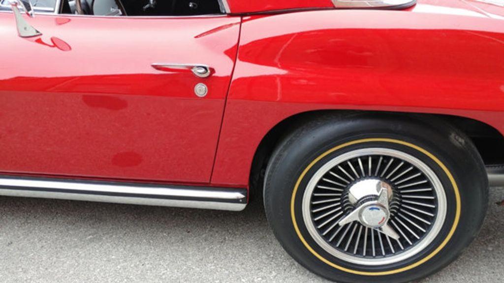 1965 Chevrolet Corvette Convertible - 16964598 - 67